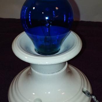 cute little 1950's PAULDING white porcelain light fixture - Lamps
