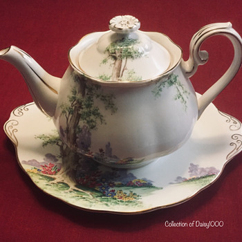Royal Albert Fine Bone China, Greenwood Tree Tea Set — 1940s - China and Dinnerware