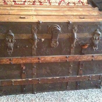 Old Steamer Trunk - Furniture