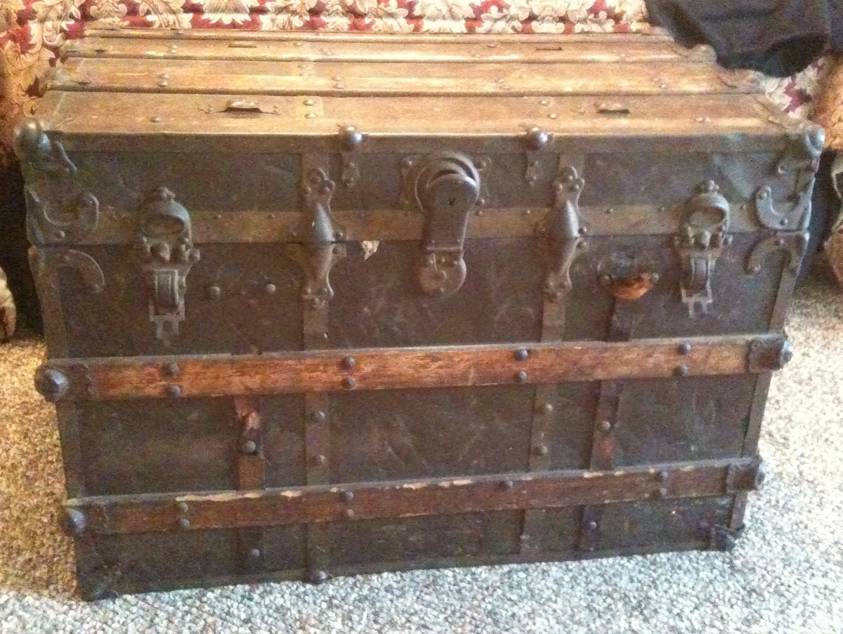 Old Steamer Trunk | Collectors Weekly