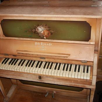 "1916 Behr Bros. piano ""Tom Thumb"" model - Music Memorabilia"