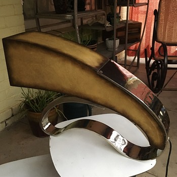 Can anybody help me identify this lamp? - Lamps