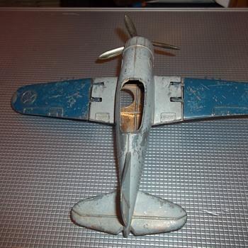 VINTAGE HUBLEY KIDDE AIRPLANE - Toys