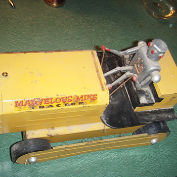 1950s Marvolous mike  tractor - Model Cars