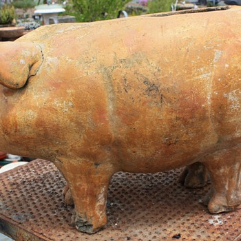 Very large pottery pig planter - Animals