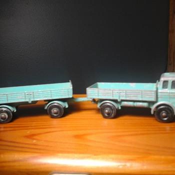 Matchbox Mercedes Lorry  - Model Cars