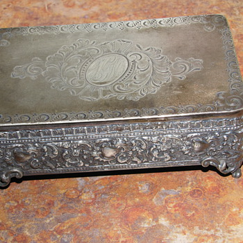 Barbour Silver Co Trinket Box - Silver