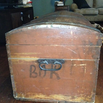 dome top trunk - Furniture