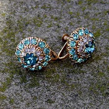Earrings..... - Costume Jewelry