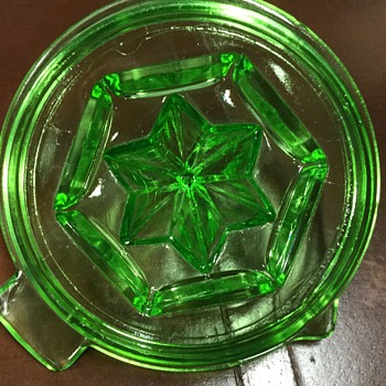 Juicer or reamer  - Glassware