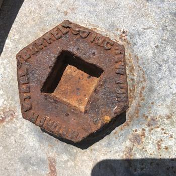 Barrel bung caps