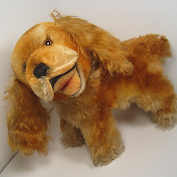 Grin and bear it with this delightful beaming Steiff Cockie Cocker Spaniel! - Dolls