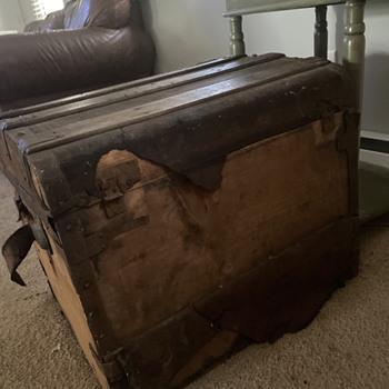 Steamer Truck Worth Restoring? - Furniture