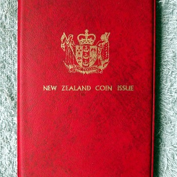 1973-the new zealand coin set.