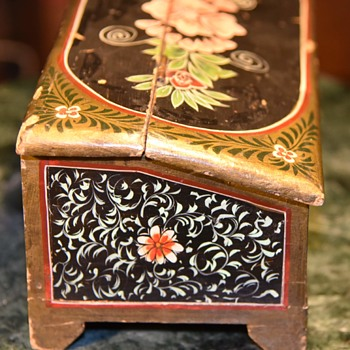 Painted and Hinged Lidded Wooden Box - Folk Art