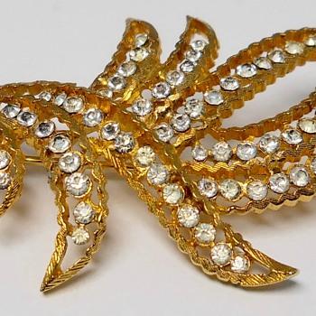 Vintage Coro Brooch, Circa 1970 - Costume Jewelry