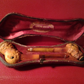 diminuitive pipes purchased in France