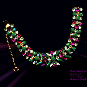 Extremely Rare Sherman Bracelet With Opague Jade Rhinestones & Clear and Fuschia Stones. - Costume Jewelry