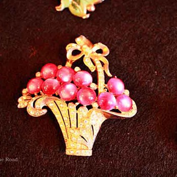 Vintage Basket Pin Collection - Costume Jewelry