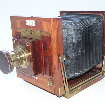 Ashford, J.  New Patent Camera, 1887 .