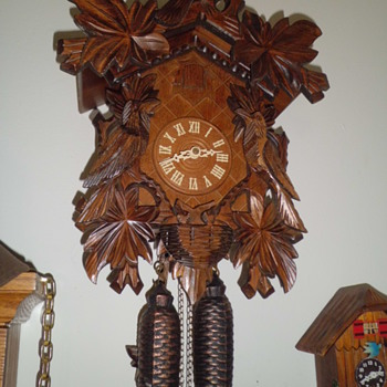 your basic cuckoo clock - Clocks