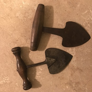 What are these? Large uncomfortable push daggers? Gardening tools? One marked w.graves and sons and the other saus Sheffield