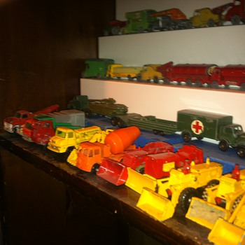 Construction vehicles by Matchbox - Model Cars