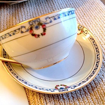 I need help to find this Noritake pattern - China and Dinnerware