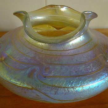 Fritz Heckert 'Silberband' Bowl [by Otto Thamm, c. 1901] in Yellow on a Clear Ground - Art Glass