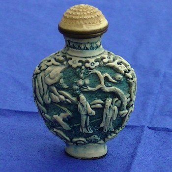 Snuff bottle in blue - Asian