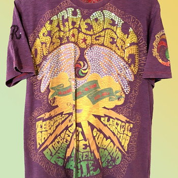 """Psychedelic Stooges"" with Iggy Pop UK Glam Punk Rock 1970's Tour BEADED Concert T-Shirt by Ringspun - Mens Clothing"