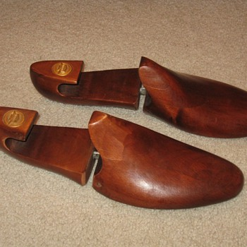Wooden Florsheim Shoe Forms - Shoes