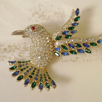 Vintage Hummingbird Brooch - Animals