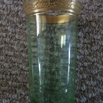 6 Lovely Green depression glass tumblers paneled & gold encrusted rims - Glassware
