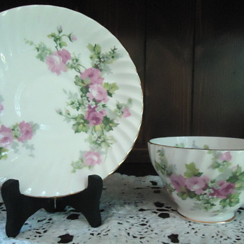 Stanley & Crownford Cups & Saucers - China and Dinnerware