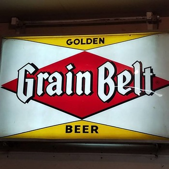 Golden grain belt beer 5ft by 3ft lighted sign - Breweriana