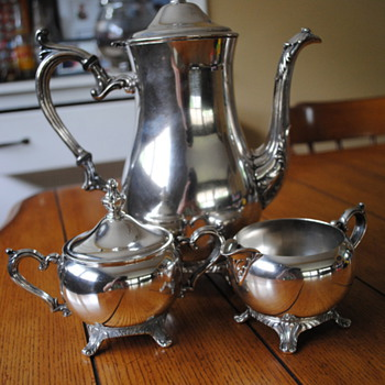 Antique Silverplate Tea Sets and Coffee Pots | Collectors Weekly