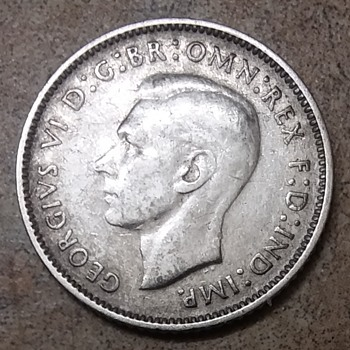 1943 S Australian silver 6 Pence - World Coins