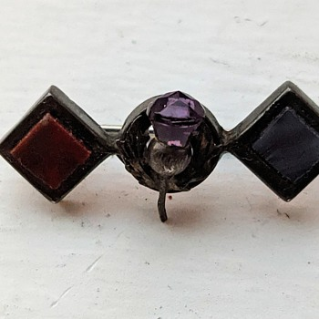 Pin of some sort. - Medals Pins and Badges