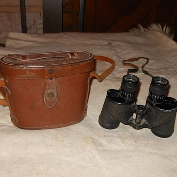 WWII M6 Binoculars Universal Camera Corp - Military and Wartime