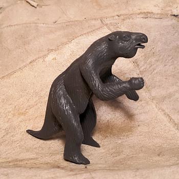 MPC Megatherium Giant Sloth Plus A Marx Example 1960s - Toys