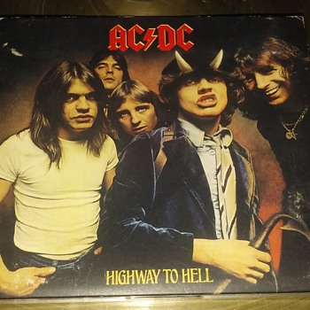 AC/DC....On Compact Disc Format - Records