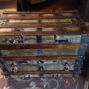 Dresser trunk?? - Furniture