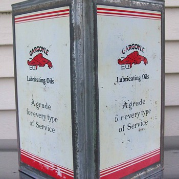 Gargoylecollectors first gargoyle 5 gallon can - Petroliana