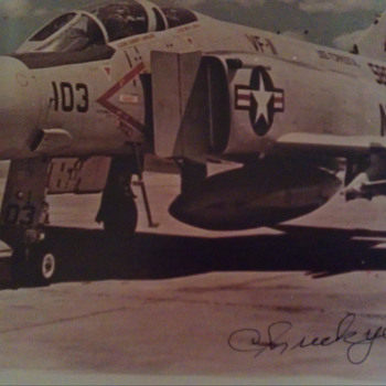 Chuck Yeager Autographed photo - Military and Wartime