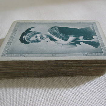 "Antique Waldorf ""Lassie"" Playing Cards"