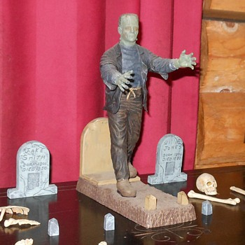 Aurora Frankenstein Monster Moder Monogram Reissue - Toys