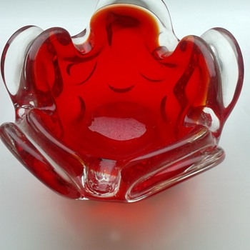 Little Red Murano Bowl ! - Art Glass