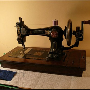 Antique sewing machine. - Sewing