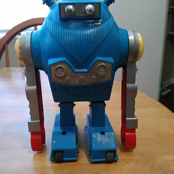 Old Toy Robot made in Japan - Toys